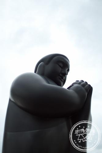 Li Zhen's sculptures