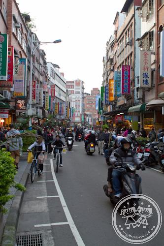 Busy Danshui street