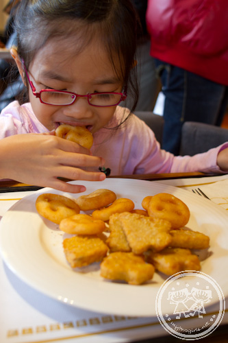 Zara having nuggets