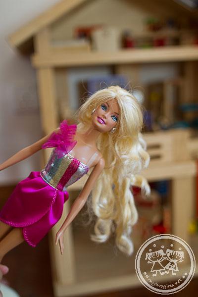 Barbie's long flowy hair