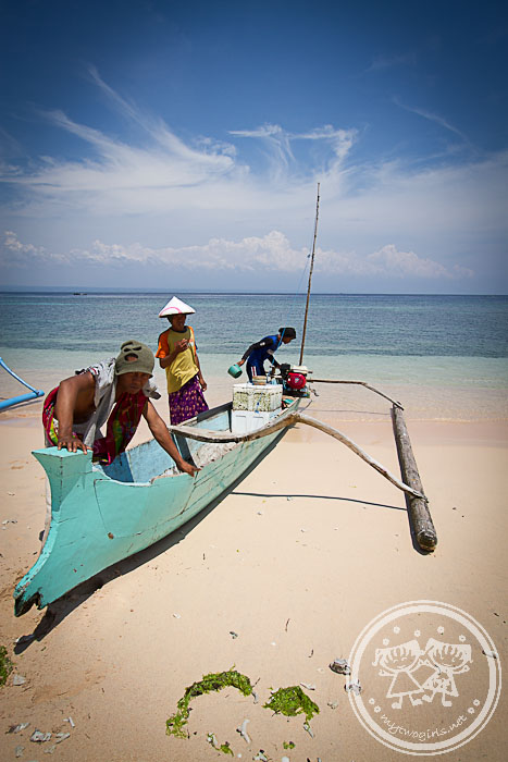 Fishermen at Pink Beach
