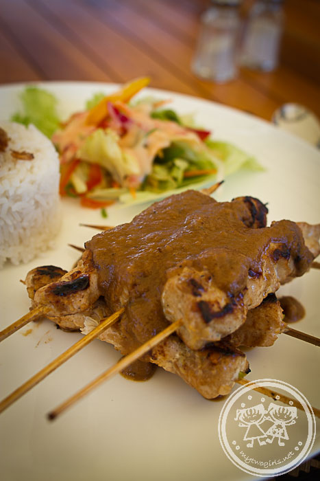 Jeeva Beloam lunch - satay