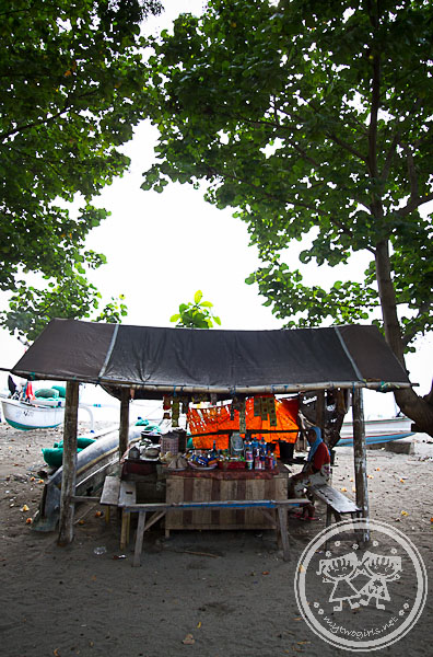 Warung At Senggigi Beach