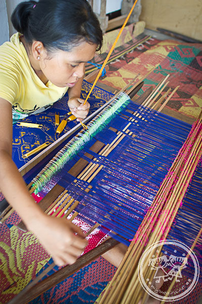 Weaving in Sukarara