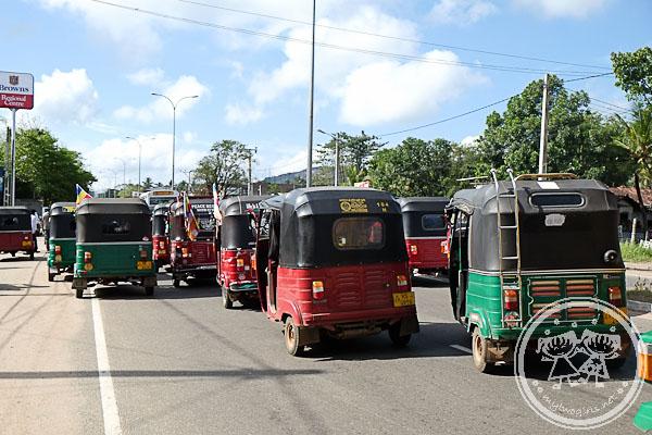 Tuk Tuk Convoy