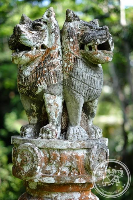 Sri Lanka Part 7 Apa Villa and Going Home My Two Girls  : DSCF9242 Lion Statue from mytwogirls.net size 467 x 700 jpeg 139kB