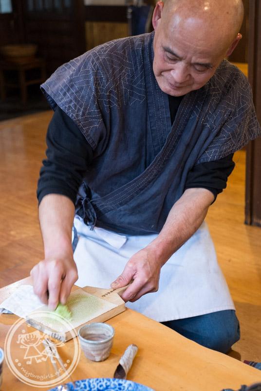 Turuturutei owner grading wasabi