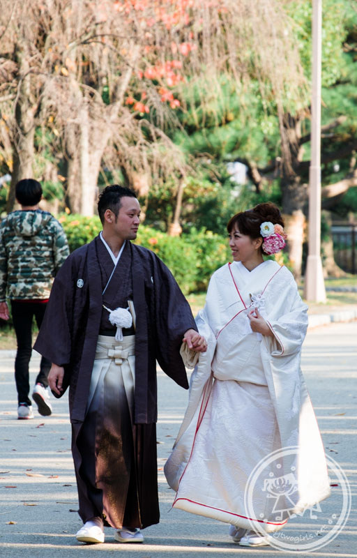 Wedding couple in Kimono at Osaka Castle Park