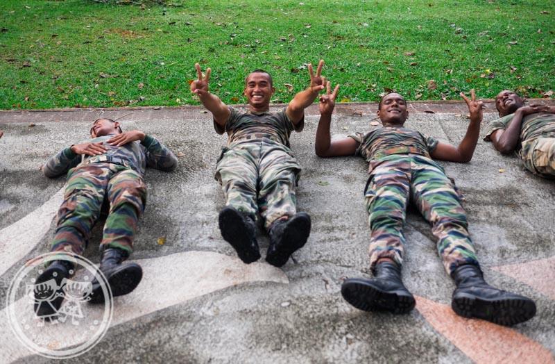 Soldiers at Taiping Lake Garden